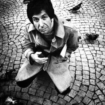 Leonard Cohen: Η λαμπερή βραδιά στο Σύνταγμα για το έργο του