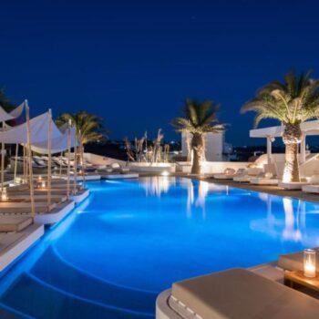 «Επιστροφή» στη Μύκονο και το Andronikos Hotel
