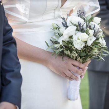 Γάμος αλά ελληνικά… στην Ανάβυσσο!